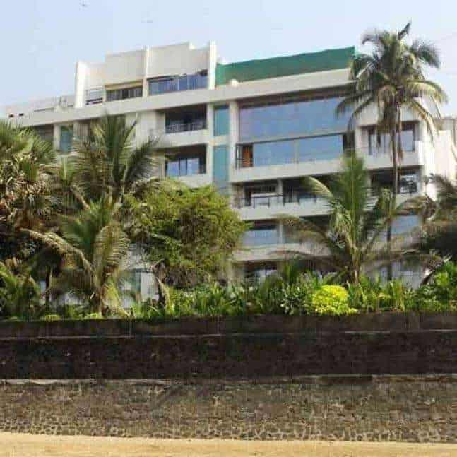 Akshay Kumar House or Home