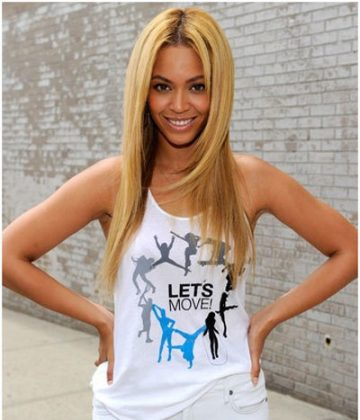 Beyonce Without Makeup In Sleeveless Top