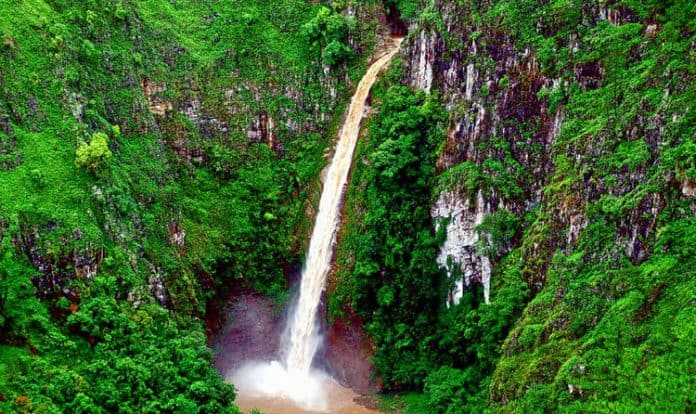 Sweet Falls Is One Of The Attractive Place Of Shillong