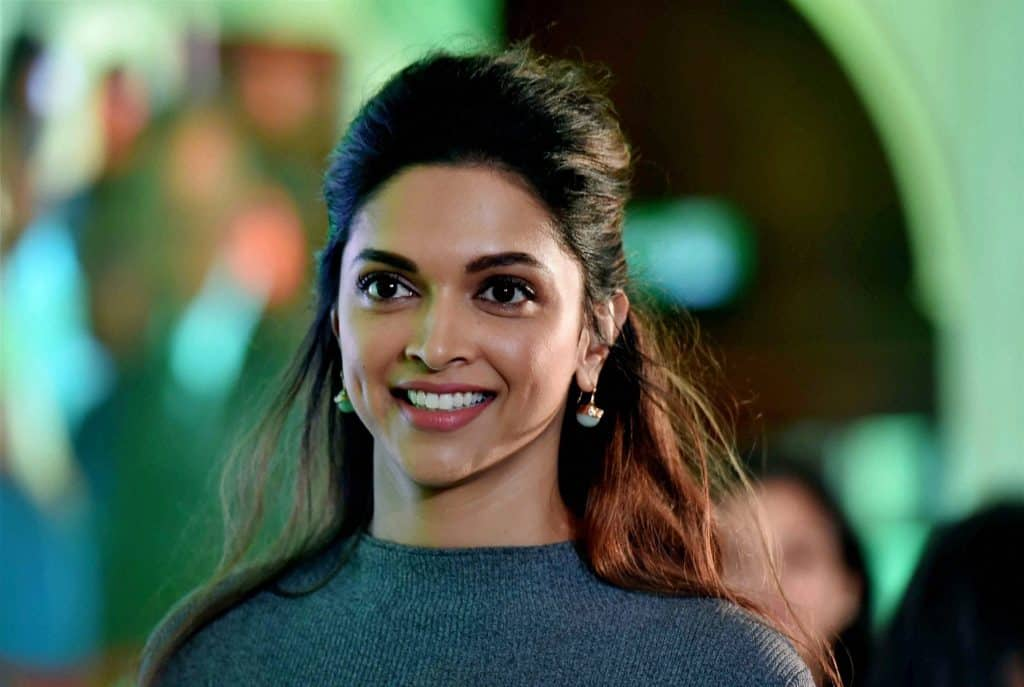 Deepika Padukone Turns Into Bollywood Actresses