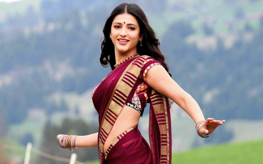 Shruti Haasan In Saree