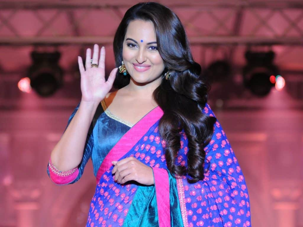 Sonakshi Sinha In Saree