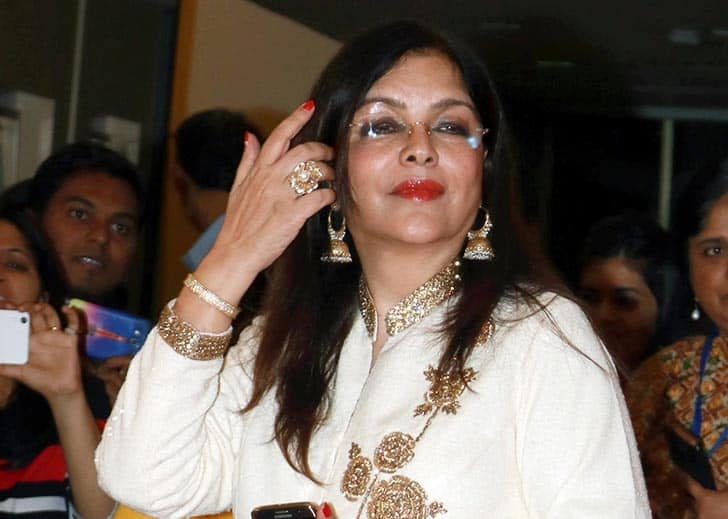 Zeenat Aman Turns Into Bollywood Actresses