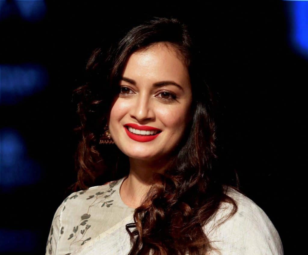 Dia Mirza Turns Into Bollywood Actresses