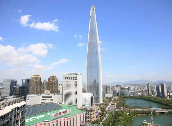 Tallest Buildings In The World From South Korea Is Lotte World Tower