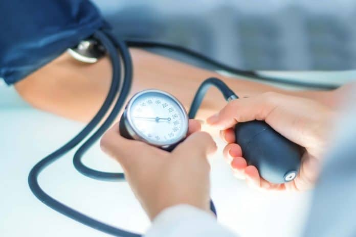 Symptoms Of Low Blood Pressure (Orthostatic Hypotension) & Its Causes
