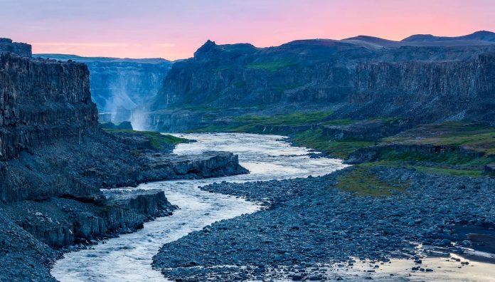 World's Most Beautiful Water Falls Is In Dettifoss Falls - Iceland