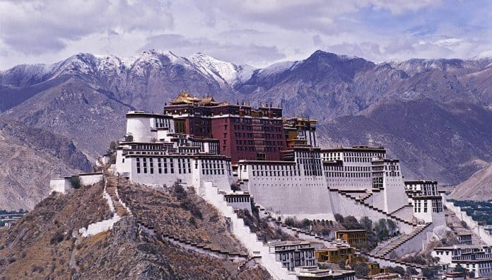 Potala Palace Lhasa Historical Places Built-In 7th Century