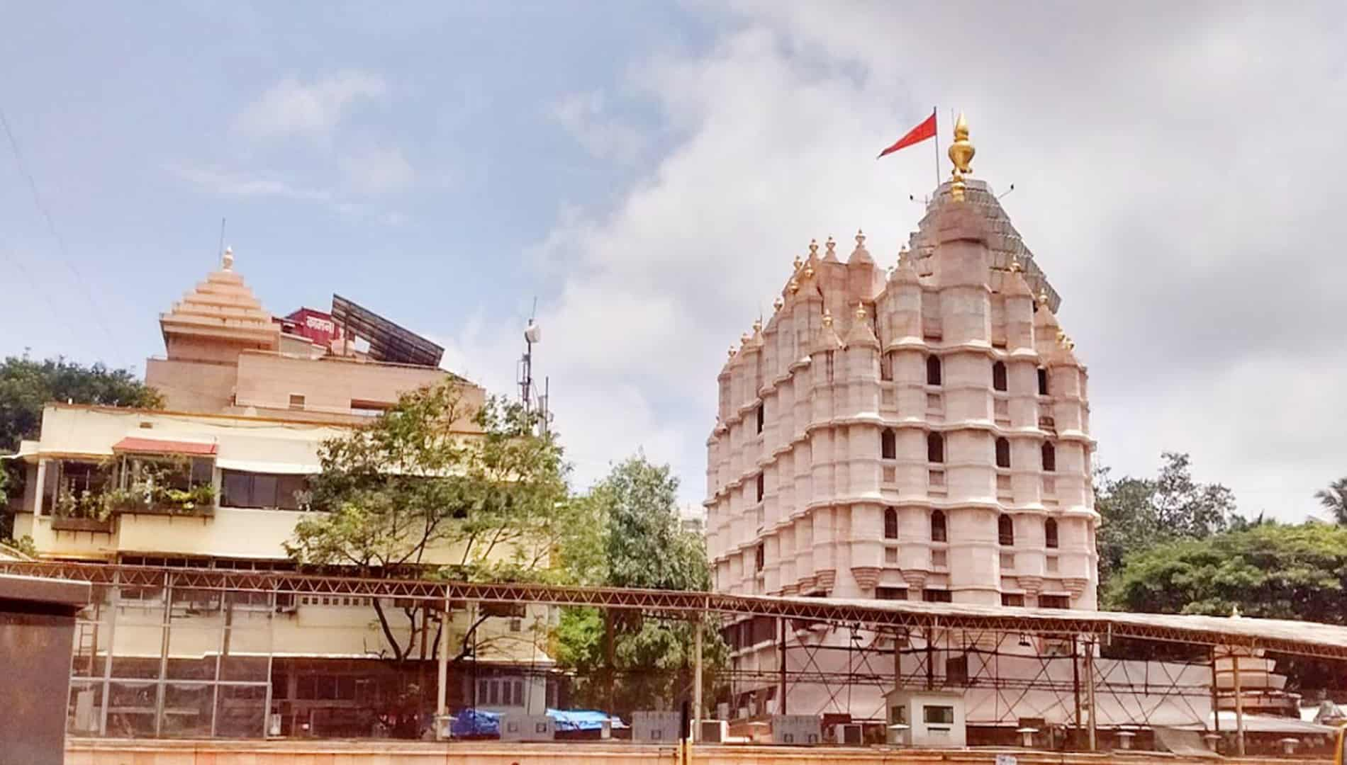 Siddhivinayak Temple - Mumbai Is The Famous Wealthiest Temples In India