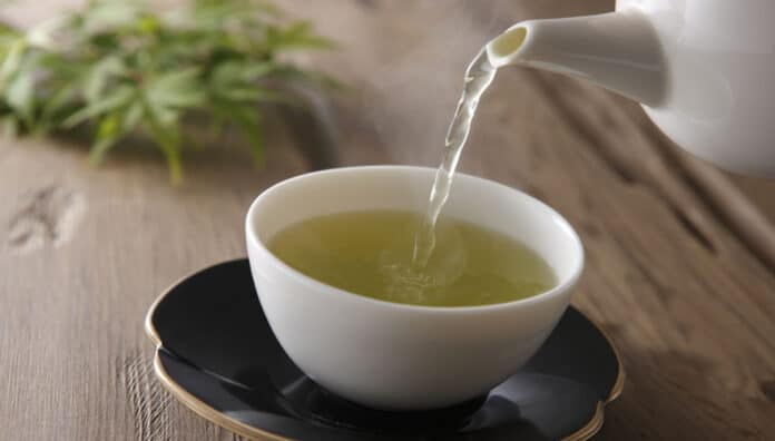 How To Make Green Tea At Home Easily And Naturally